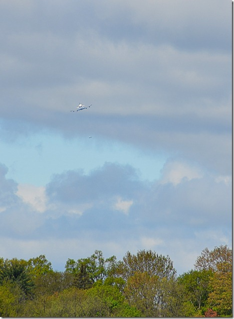 shuttle fly-by3