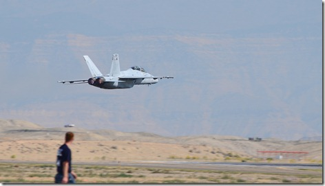 VFA -106 Grippy and Trig low transition touch n go 4
